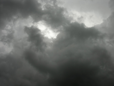 http://mountcope.files.wordpress.com/2008/05/dark-clouds.jpg